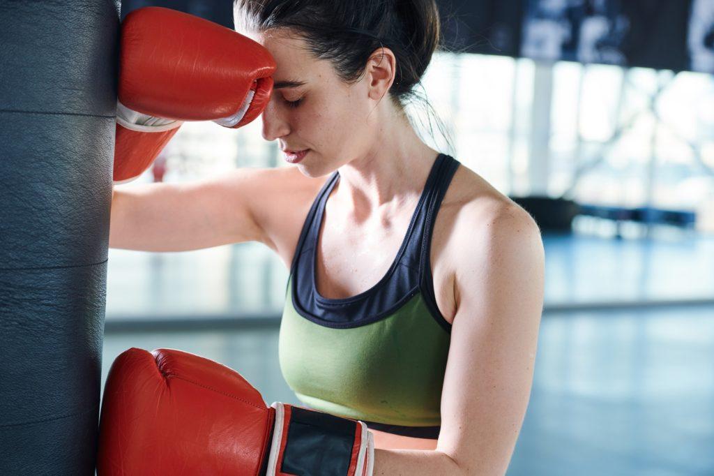 boxeuse stressée avant une compétition