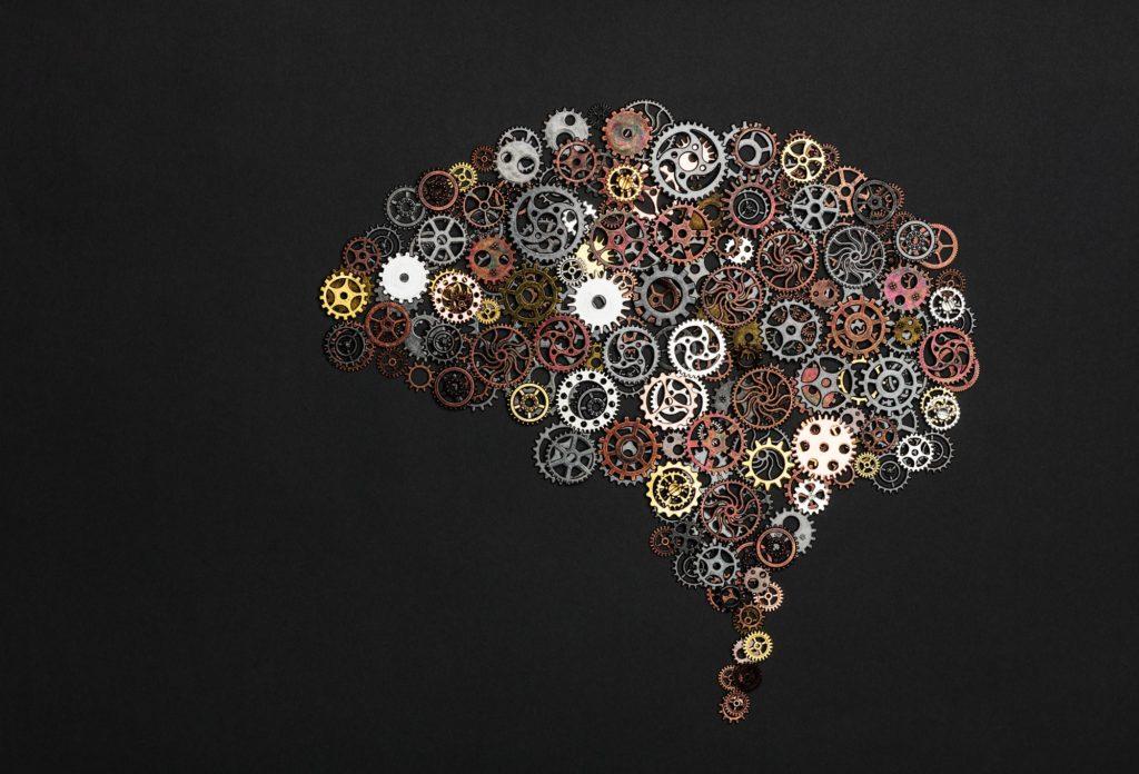 image de cerveau faite avec des engrenages